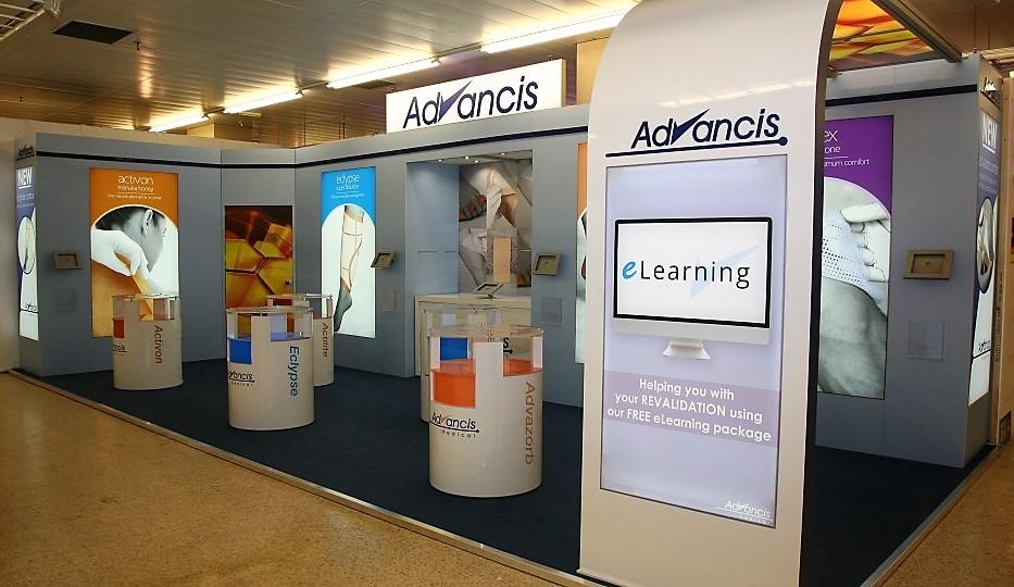 Exhibition Stand Staff Training : Advancis training marketingesp